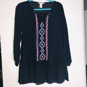 NWOT S Flying tomato Embroidered Tunic Top